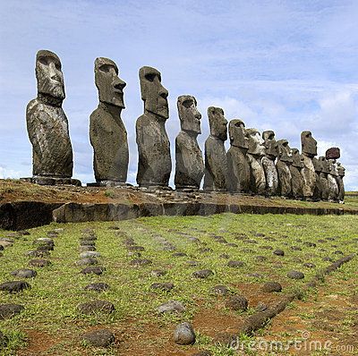 Free Moai - Easter Island - South Pacific Royalty Free Stock Photo - 22788345