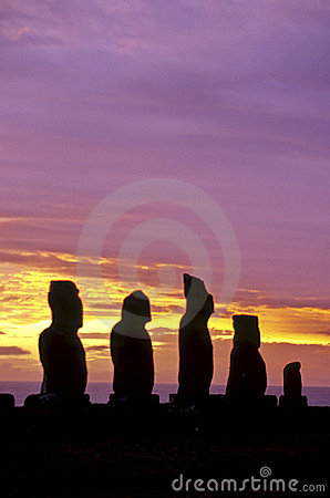 Moais- Easter Island, Chile