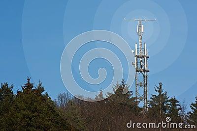 Mobile network radio mast