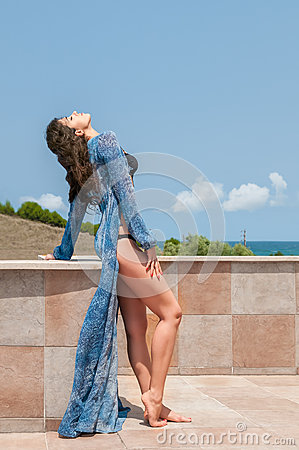 Moda del día de fiesta de la ropa de playa