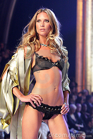 Model at the 12th Annual Victorias Secret Fashion Show. Kodak Theatre, Hollywood, CA. 11-15-07 Editorial Image