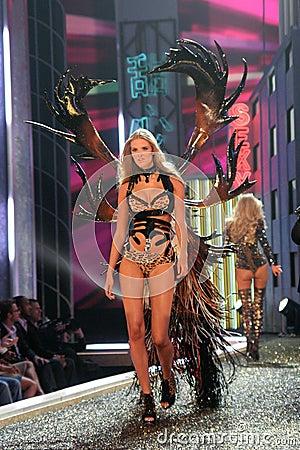 Model at the 12th Annual Victorias Secret Fashion Show. Kodak Theatre, Hollywood, CA. 11-15-07 Editorial Stock Photo