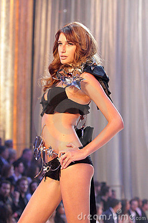 Model at the 12th Annual Victorias Secret Fashion Show. Kodak Theatre, Hollywood, CA. 11-15-07 Editorial Photography