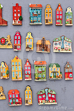 Model houses magnets on display