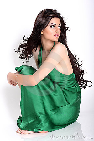 ايران 2013,ملكة ايران 2013، ايران model-looking-away-t
