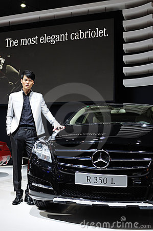 Model and Mercedes benz r 350 l suv Editorial Photography