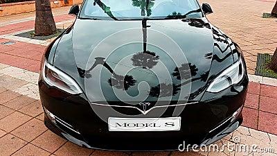 Modello nero S Electric Car - Front View di Tesla video d archivio