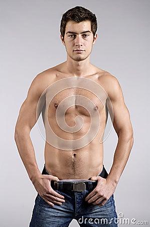 Imagen de modelo masculino adolescente