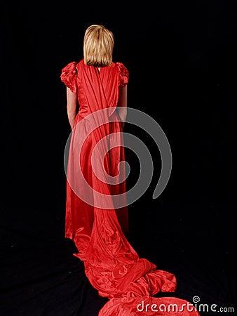 Modelo rubio atractivo