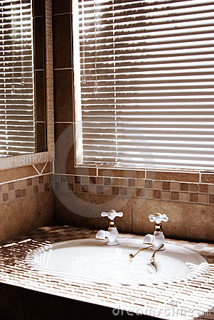 Modern bathroom with blinds