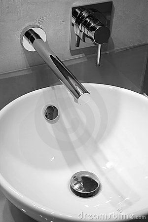 Free Modern Bathroom Tap Royalty Free Stock Photos - 1864788