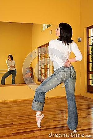 Modern Dancer #8