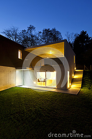 Modern house, outdoor by night