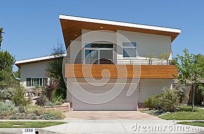Modern huis stock afbeeldingen afbeelding 10889024 - Bijvoorbeeld huis modern ...