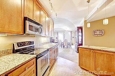 Modern Kitchen With Granite Tops And Island Stock Photo