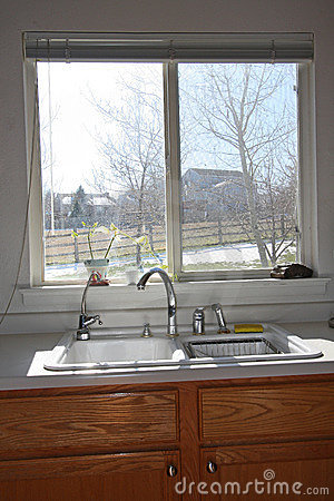 Modern kitchen window and cabinets royalty free stock for Finestra basculante