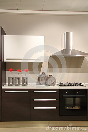 Free Modern Kitchen With Abstract And Minimalist Decorations Stock Photos - 31202903