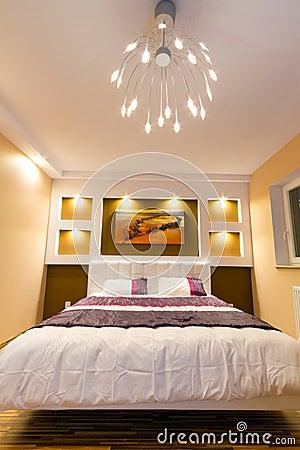 Free Modern Master Bedroom Interior Stock Photography - 25299702