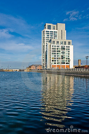 Free Modern Office Building Near The Canal In Liverpool Stock Image - 11667261