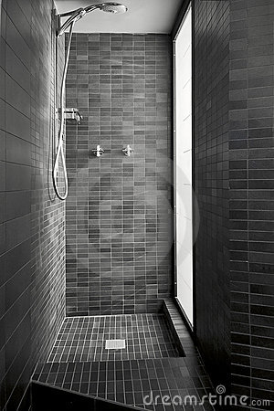 Modern shower cubicle of masonry