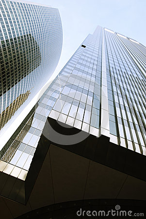 Free Modern Skyscraper. Bottom Up View. Chicago . Windy City Royalty Free Stock Photos - 69970998