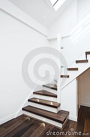 Free Modern Staircase Royalty Free Stock Photo - 18769725
