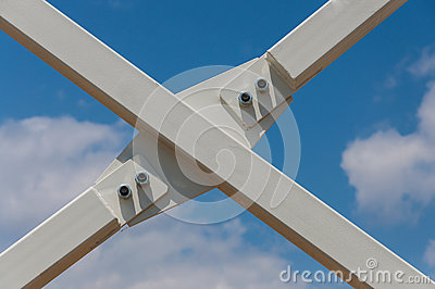 Modern steel truss screws detail