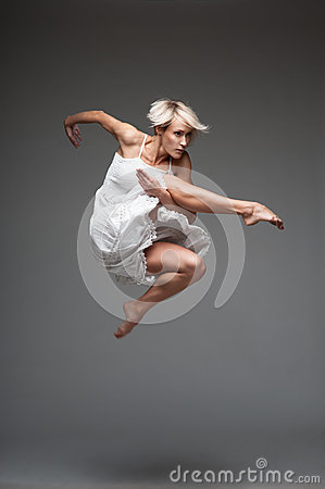 Free Modern Style Dancing Girl Royalty Free Stock Photography - 27075607