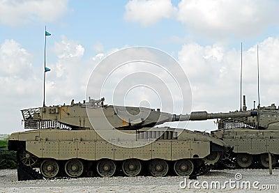 Moderne twee, hoog - technologie israëlische tanks, klaar voor actie