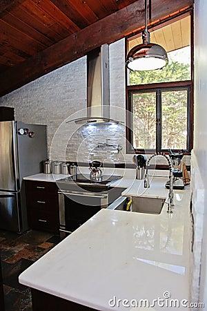 Moderne keuken stock foto   afbeelding: 40079703