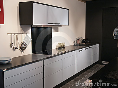 Moderne Keuken In Zwart-wit Stock Afbeelding - Afbeelding: 25702111