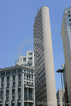Moderne und alte Architektur