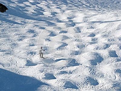 Mogul skier
