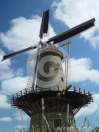 Moinho de vento holandês