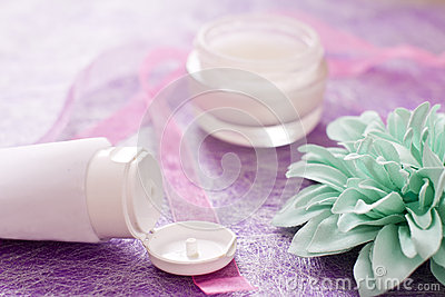 Moisturising creams/lotions for daily spa
