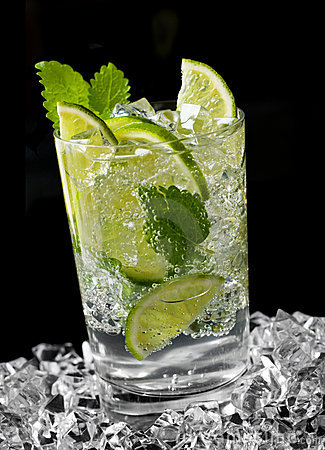 Free Mojito Cocktail Royalty Free Stock Image - 8302486