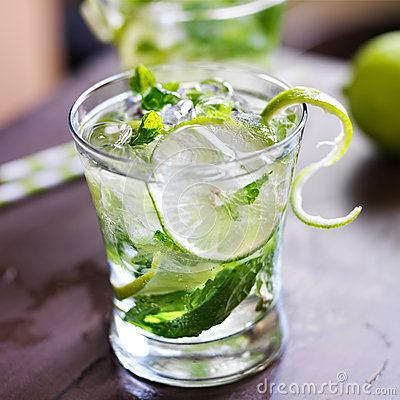 Free Mojito Cocktail Close Up Royalty Free Stock Image - 33442316