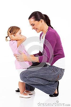 Mom och flicka