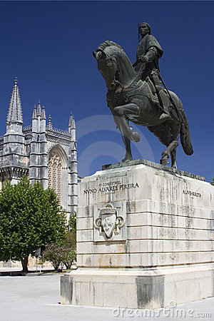 Free Monastery Of Batalha And Statu Royalty Free Stock Images - 3035049