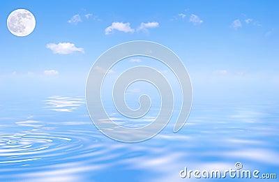 Mond-und blauer Himmel-Schönheit