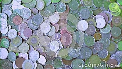 Monete dalla vendita degli oggetti, contanti stock footage