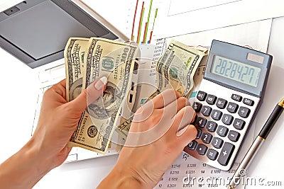 Áthidaló hitel kalkulátor: kiszámítható pénzügyek