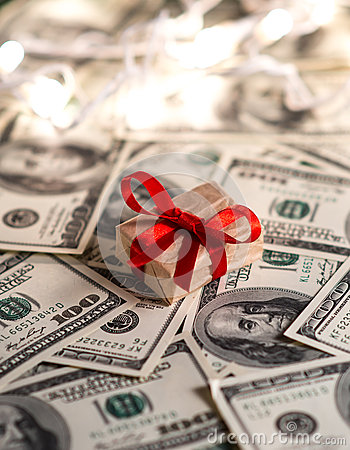 Free Money Gift Royalty Free Stock Images - 34801999