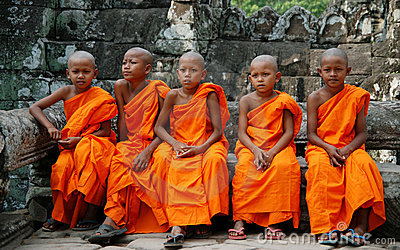 Monges pequenas em Cambodia Foto de Stock Editorial
