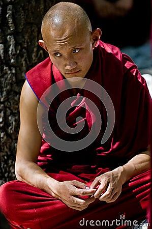 Monje tibetano Imagen de archivo editorial