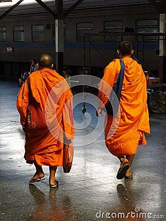 Monjes budistas Foto editorial