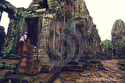 Monk  at  Angkor Wat (Bayon Temple) Editorial Image