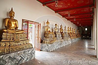 Monk Statues at Wat Pho