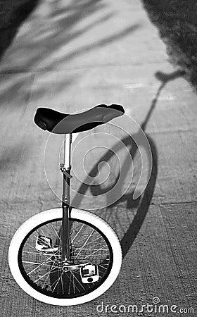 Mono cycle