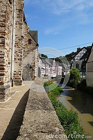 Monreal - большинств красивый городок в Rhineland Palatinate